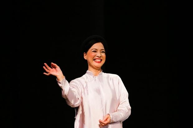 NSND Lê Khanh: Tượng đài nhan sắc một thời, quá nửa thời gian cuộc đời cống hiến cho sân khấu kịch - Ảnh 7.