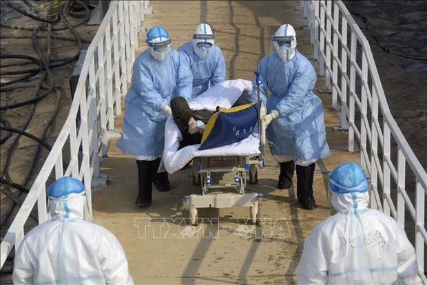 Ngày thứ 2 liên tiếp, số ca nghi nhiễm virus Corona mới ở Trung Quốc giảm mạnh - Ảnh 1.
