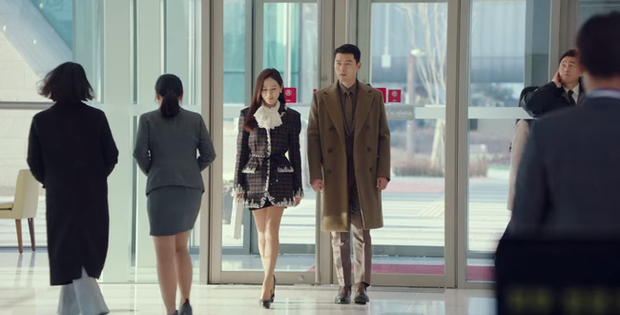 Muốn lịm đi mỗi lần Hyun Bin diện vest cực bảnh trong Hạ Cánh Nơi Anh, lỡ mai này rời xa thì Son Ye Jin biết sống sao? - Ảnh 2.