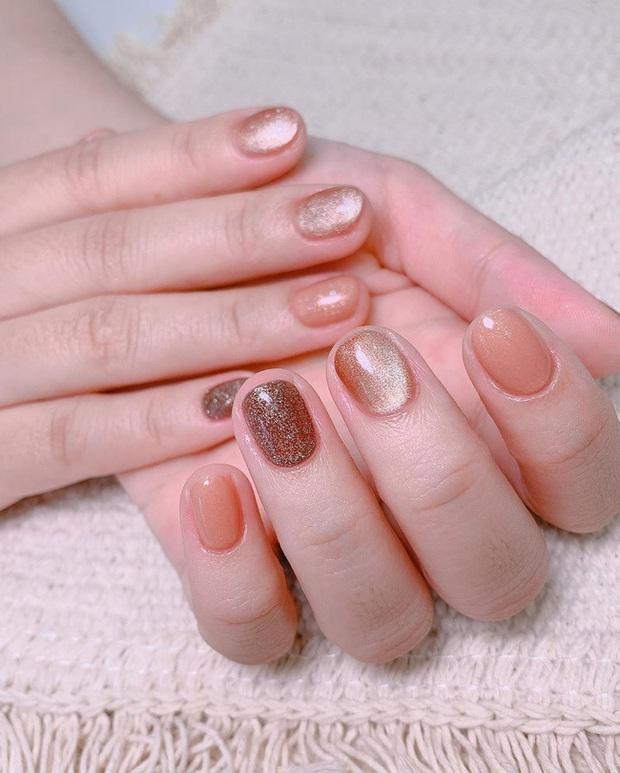 Gợi ý 14 bộ nail xinh hết cỡ cho dịp Valentine các nàng nên lưu lại để triển dần - Ảnh 11.