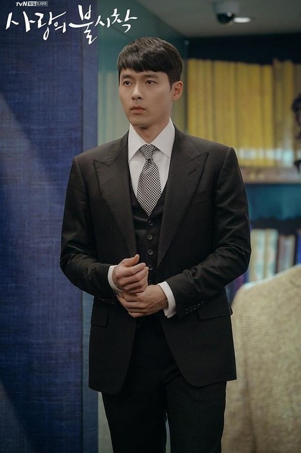 Muốn lịm đi mỗi lần Hyun Bin diện vest cực bảnh trong Hạ Cánh Nơi Anh, lỡ mai này rời xa thì Son Ye Jin biết sống sao? - Ảnh 9.