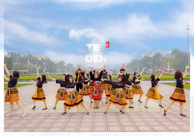 Dance cover Duyên âm, dàn nữ sinh Hưng Yên nổi như cồn vì nhan sắc và thần thái không phải dạng vừa - Ảnh 2.