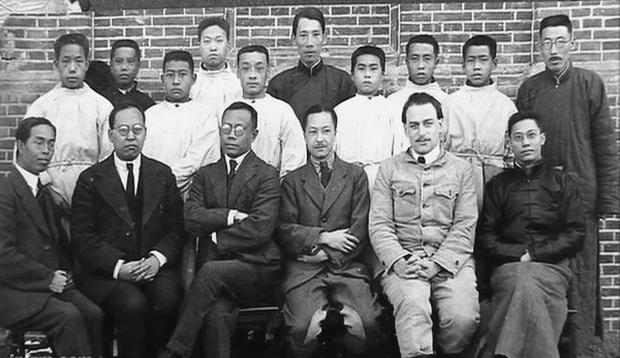 Bác sĩ đi trước thời đại Wu Lien-teh - người ngăn chặn đại dịch viêm phổi giết chết hàng ngàn sinh mạng cách đây hơn 1 thế kỷ - Ảnh 6.