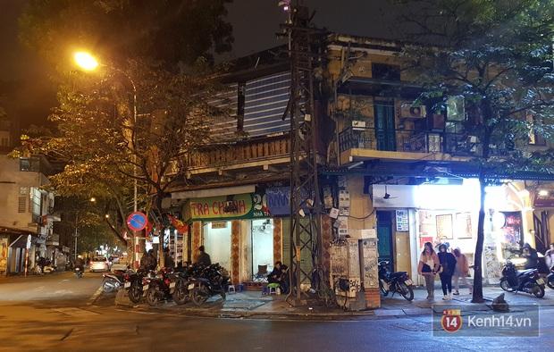 Trà chanh Nhà Thờ - tụ điểm vui chơi của giới trẻ Hà Nội mỗi buổi tối trở nên vắng tanh trong mùa dịch virus corona - Ảnh 3.
