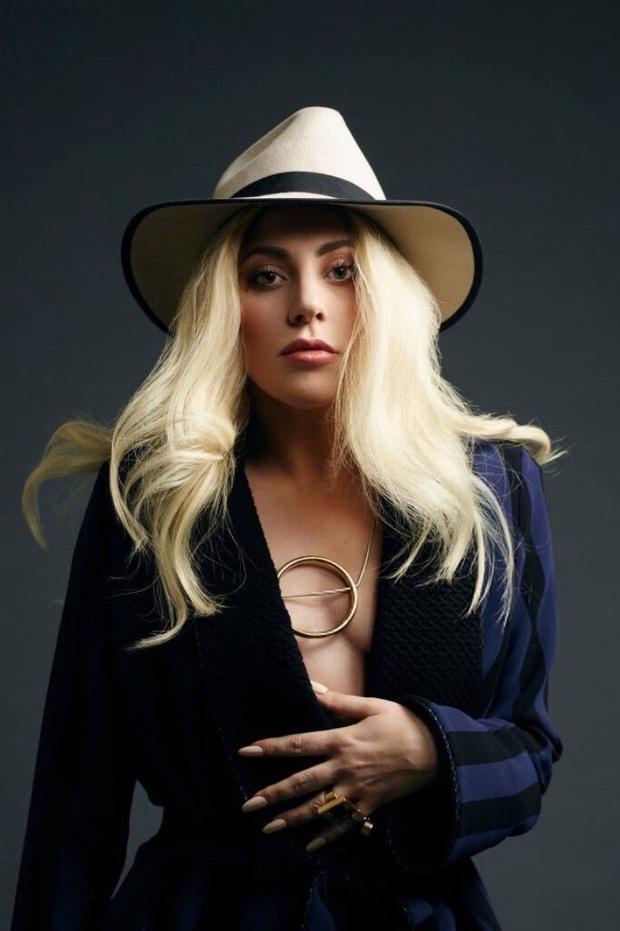 Taylor Swift từng viết nhạc động chạm LGBT, Katy Perry ghét I Kissed A Girl, Miley Cyrus muốn xoá bỏ Wrecking Ball và loạt bài hát bị chính chủ nhân ghẻ lạnh - Ảnh 15.