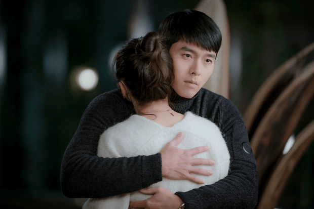 Chẳng cần soi đâu xa, Hyun Bin lộ tính cách thật ngay ở hậu trường Crash Landing on You: Đặc biệt là với Son Ye Jin! - Ảnh 9.