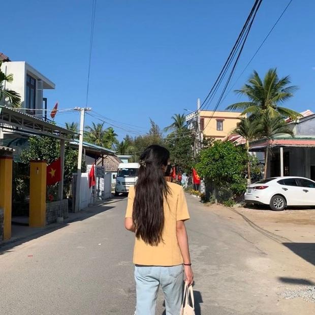 Lần đầu sao Hàn đến Việt Nam du lịch mà chụp bộ hình đẹp đến vậy: Mỹ nhân Hwarang đội nón lá đúng là xinh mê người! - Ảnh 3.