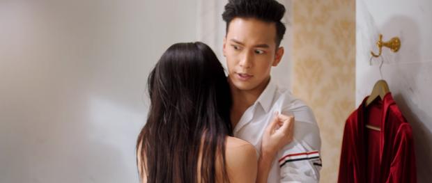 ADODDA 4 của Hương Giang là tổ hợp của drama giật chồng bạn thân kiểu Thái và cái kết bách hợp của Chị Chị Em Em? - Ảnh 6.