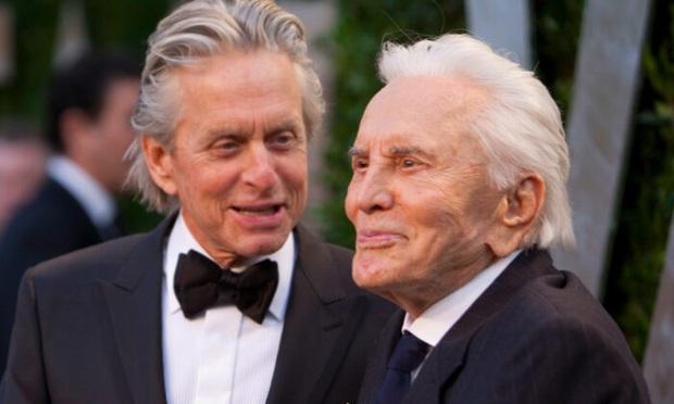 Huyền thoại Hollywood qua đời ở tuổi 103, rơi nước mắt trước phản ứng của tài tử Người kiến khi bố ra đi - Ảnh 4.