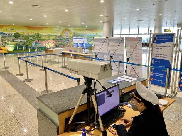 3 sân bay nào đón người Việt từ vùng dịch corona về nước? - Ảnh 1.