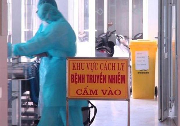 Ca thứ 13 ở Việt Nam dương tính virus Corona: Không có biểu hiện bệnh, không sốt, không ho - Ảnh 1.
