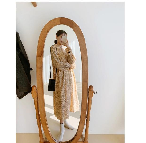 3 kiểu váy hoa xinh xắn quá mức quy định con gái Sài thành nên sắm ngay để còn chụp hình sống ảo - Ảnh 2.