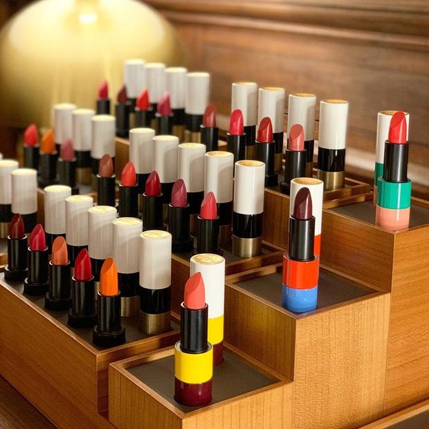HOT: Hermès ra son môi vỏ cute vô đối, 24 màu thơm xịn nhưng quan trọng là giá cả hoàn toàn trong tầm với - Ảnh 2.