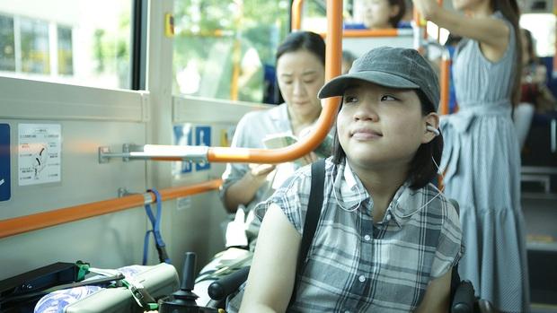 Review 37 Seconds: Tình yêu, tình dục, tình thân và những góc nhìn mới mẻ đầy nghệ thuật về tâm tư người khuyết tật - Ảnh 8.