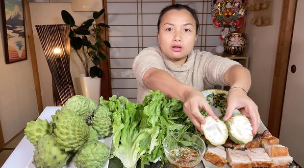 Tiết lộ sở thích mới của bé Sa trong vlog mới, Quỳnh Trần JP còn bonus thêm cả hình ảnh 2 cha con Sa cực rạng rỡ trên fanpage - Ảnh 4.