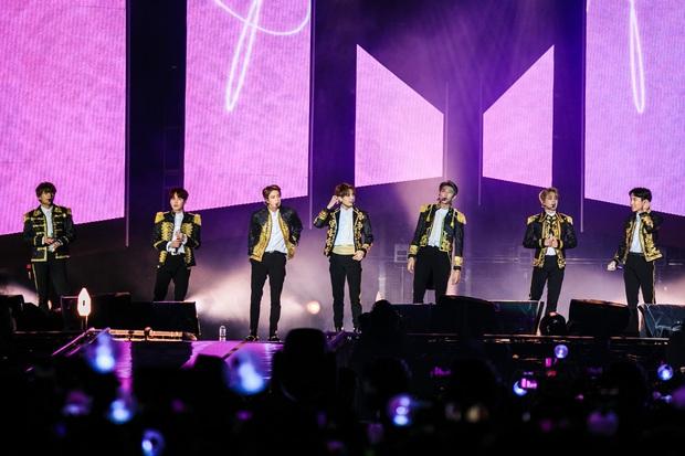 """BTS và 10 dấu mốc """"mở đường"""" cho Kpop: Diễn ở Grammy, 3 lần no.1 Billboard 200 cùng hàng loạt """"lần đầu tiên"""" khiến ARMY phổng mũi tự hào - Ảnh 8."""