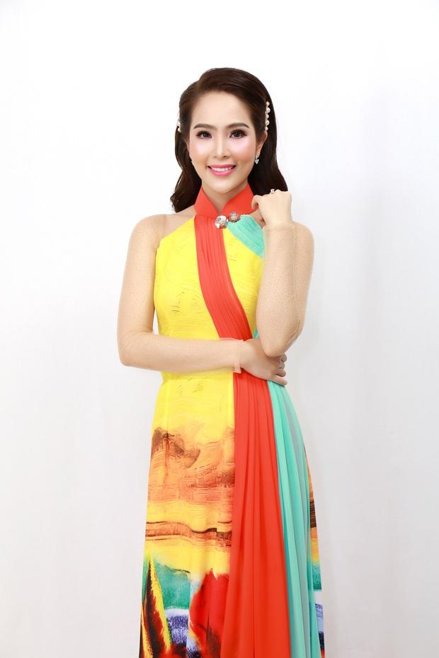 Top 5 Hoa hậu biển Việt Nam từng mắc nợ 5 môn, sau khi thi Hoa hậu phải cắm đầu học trả nợ - Ảnh 3.