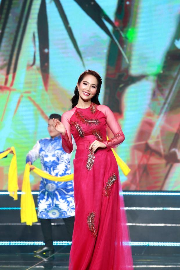 Top 5 Hoa hậu biển Việt Nam từng mắc nợ 5 môn, sau khi thi Hoa hậu phải cắm đầu học trả nợ - Ảnh 2.