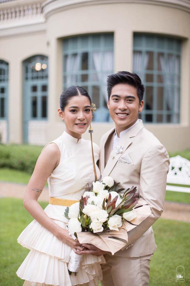 Trùm cuối #ADODDA của Hương Giang: Ngoại hình gây sốc, học vấn khủng, từ yêu tình cũ mỹ nhân Chiếc lá bay đến lễ cưới hot - Ảnh 23.