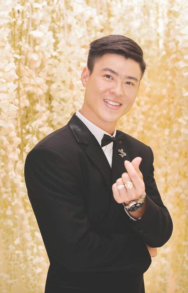 Duy Mạnh và Quỳnh Anh tung thêm bộ ảnh cưới ngọt ngào, lần này thì cách makeup của cô dâu xứng đáng 10 điểm! - Ảnh 5.
