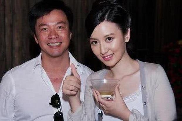 Nếu không vì người yêu cũ tòm tem với bạn thân, Lâm Tâm Như sẽ không lấy Hoắc Kiến Hoa mà lên xe hoa từ lâu - Ảnh 4.