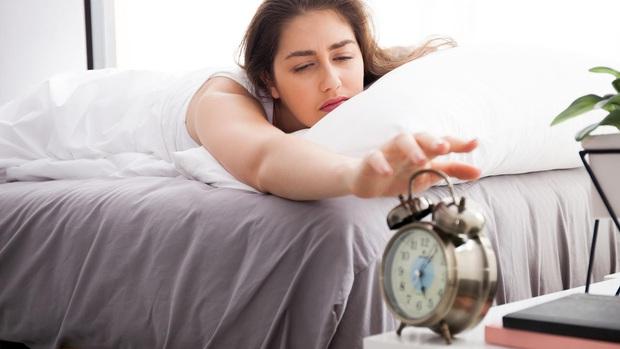 """3 biểu hiện thức dậy vào buổi sáng chứng tỏ thận của bạn đang """"kêu cứu"""" và cách cải thiện - Ảnh 1."""