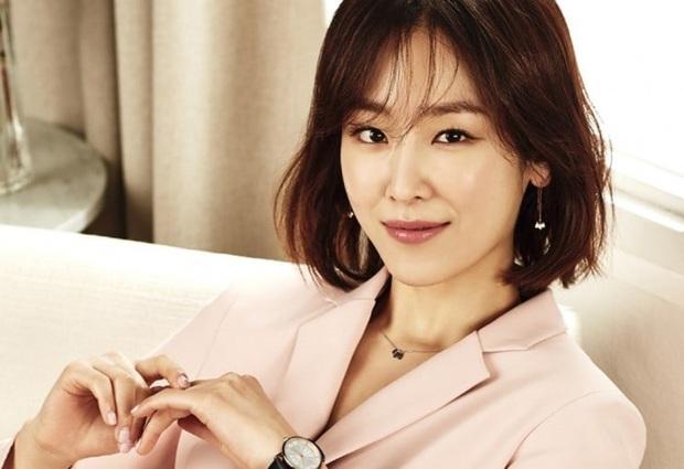 5 huyền thoại nhan sắc của ông lớn SM: Yoona, Irene còn phải e dè vì Sulli, nhưng 2 diễn viên đứng đầu mới là đỉnh cao - Ảnh 9.