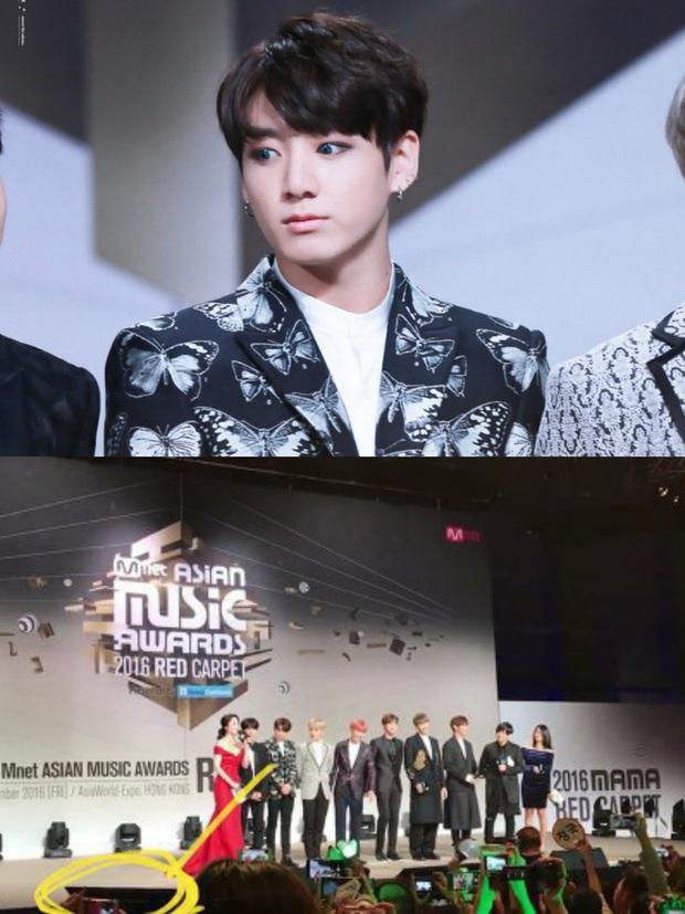 Ngã ngửa sự thật sau loạt khoảnh khắc nhạy cảm của sao châu Á: BTS bị nghi dòm trộm vòng 1, Hoàng Hiên sờ đùi Dương Mịch - Ảnh 3.