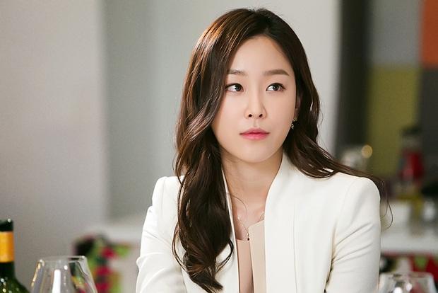 5 huyền thoại nhan sắc của ông lớn SM: Yoona, Irene còn phải e dè vì Sulli, nhưng 2 diễn viên đứng đầu mới là đỉnh cao - Ảnh 7.