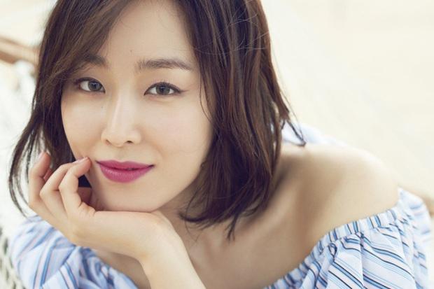 5 huyền thoại nhan sắc của ông lớn SM: Yoona, Irene còn phải e dè vì Sulli, nhưng 2 diễn viên đứng đầu mới là đỉnh cao - Ảnh 8.