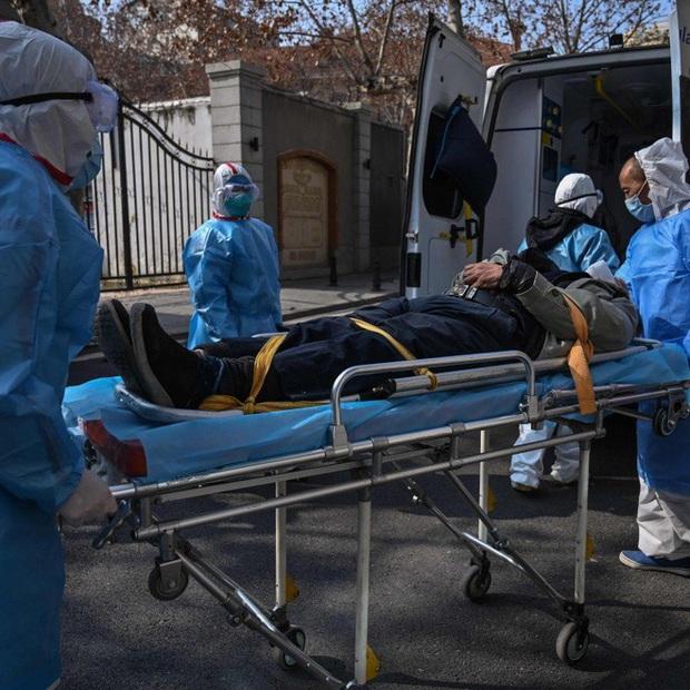 Virus Vũ Hán: 719 người đã tử vong, số ca thiệt mạng tại Trung Quốc đã vượt qua đại dịch SARS nhưng tỉ lệ tử thấp hơn rất nhiều, số người khỏi bệnh tiếp tục tăng - Ảnh 1.
