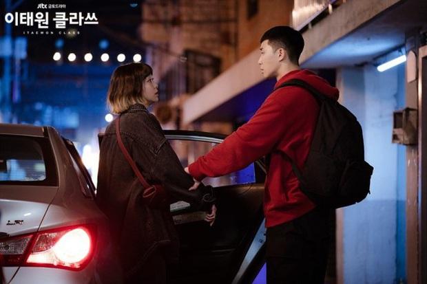 Nữ chính độc đủ đường của Park Seo Joon ở Tầng Lớp Itaewon: Bùng nổ độ điên với IQ 162, mở miệng là đòi trái đất bay màu - Ảnh 10.