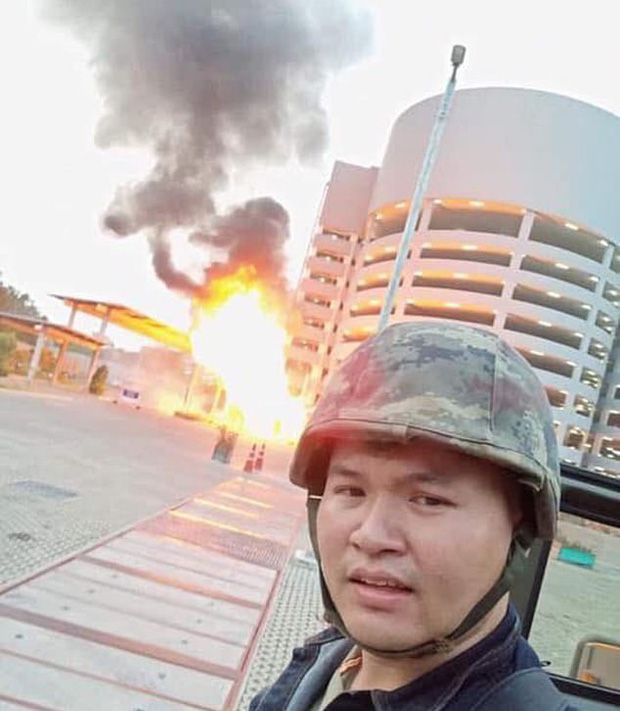 Những hình ảnh đầu tiên về vụ xả súng kinh hoàng tại Thái Lan - Ảnh 1.