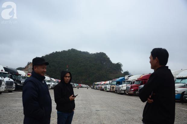 Ảnh hưởng do dịch Corona bị đóng cửa khẩu, hàng trăm tài xế container từ người dưng bỗng trở thành anh em - Ảnh 8.