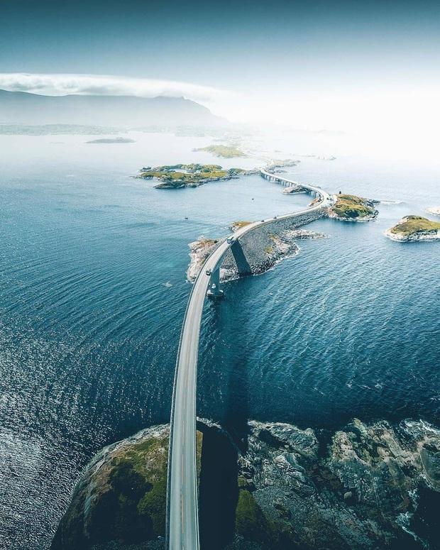 """Chiêm ngưỡng cung đường vượt biển """"huyền thoại"""" đẹp nhất hành tinh ở Na Uy, ước mơ trong đời của biết bao phượt thủ thế giới - Ảnh 5."""