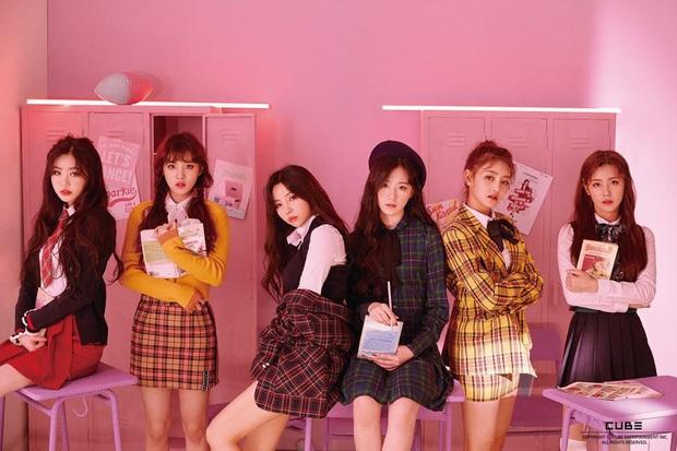 30 girlgroup hot nhất Kpop hiện nay: Màn đổi ngôi sốc nhất trước nay, TWICE, BLACKPINK, Red Velvet để lính mới lấn át - Ảnh 1.