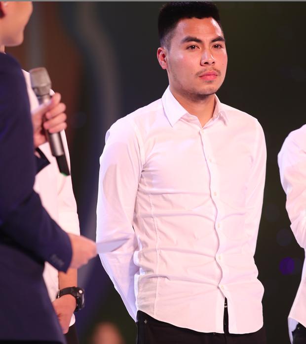 Soi dàn phù rể đám cưới Duy Mạnh - Quỳnh Anh: Từ nghệ sĩ đến dàn cầu thủ body cực nét, bất ngờ nhất là Mạc Văn Khoa - Ảnh 7.