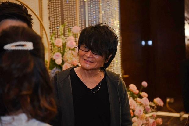Dàn khách mời ở đám cưới Quỳnh Anh - Duy Mạnh: Toàn gương mặt trai xinh gái đẹp, dresscode trắng đen nguyên team - Ảnh 5.