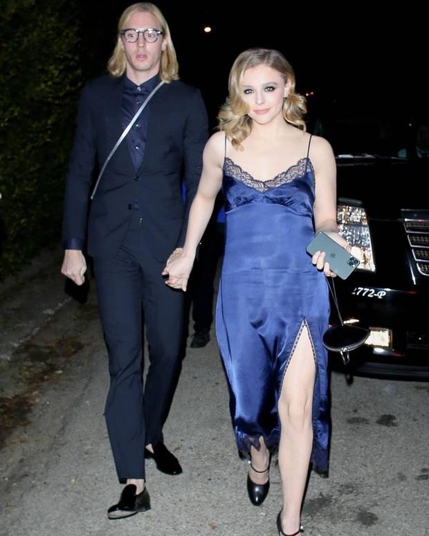Dàn sao khủng đổ bộ tiệc tiền Oscar: Miley - Brooklyn bỗng đụng độ tình cũ, Tiffany, CL và dàn sao Ký Sinh Trùng gây sốt - Ảnh 14.