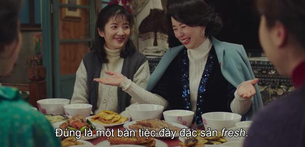 Crash Landing on You tập 14: Hyun Bin cao hứng cởi áo khoe hàng, chị đẹp Son Ye Jin chỉ biết thốt lên cái này to thế - Ảnh 9.