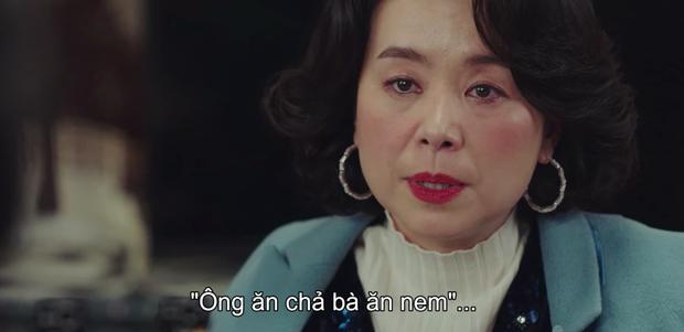 Crash Landing on You tập 14: Hyun Bin cao hứng cởi áo khoe hàng, chị đẹp Son Ye Jin chỉ biết thốt lên cái này to thế - Ảnh 10.