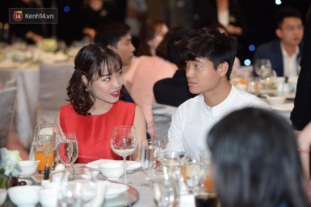 Dàn khách mời ở đám cưới Quỳnh Anh - Duy Mạnh: Toàn gương mặt trai xinh gái đẹp, dress code trắng đen nguyên team - Ảnh 11.