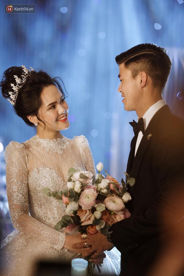 Loạt khoảnh khắc đẹp nức nở trong đám cưới Quỳnh Anh - Duy Mạnh: Cổ tích của công chúa và hoàng tử thật rồi! - Ảnh 10.