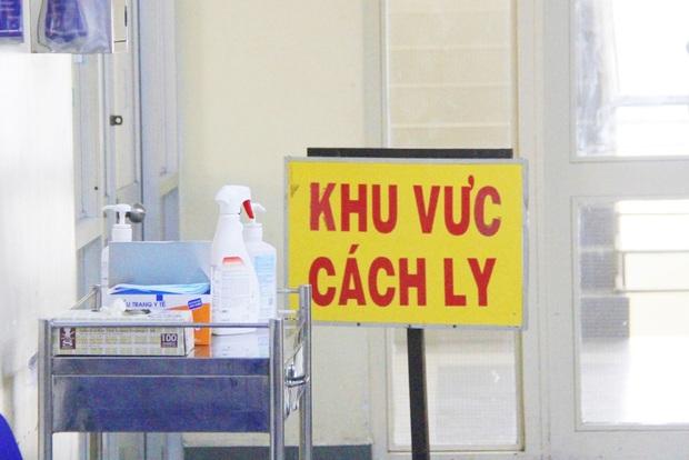 TP.HCM: Thêm 3 trường hợp nghi nhiễm virus Corona nhập viện Bệnh Nhiệt đới, trong đó có một trẻ em - Ảnh 3.