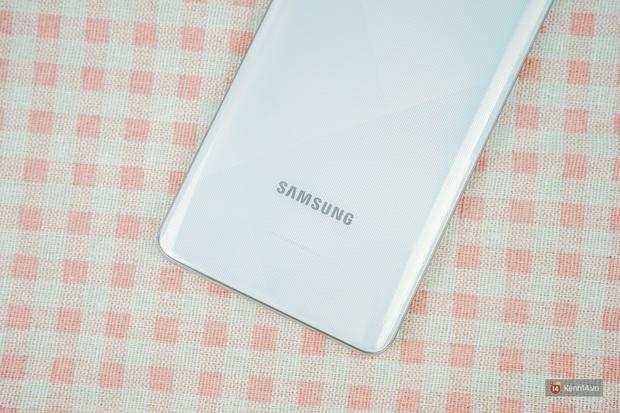 Đánh giá nhanh Galaxy A71: Chiếc smartphone tầm trung sẽ làm bạn hài lòng, kể cả những ai khó tính - Ảnh 5.