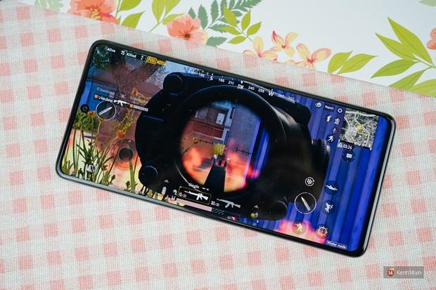 Đánh giá pin Galaxy A71: Dùng tẹt bô cả ngày, sạc siêu nhanh không lo yếu sinh lý - Ảnh 2.