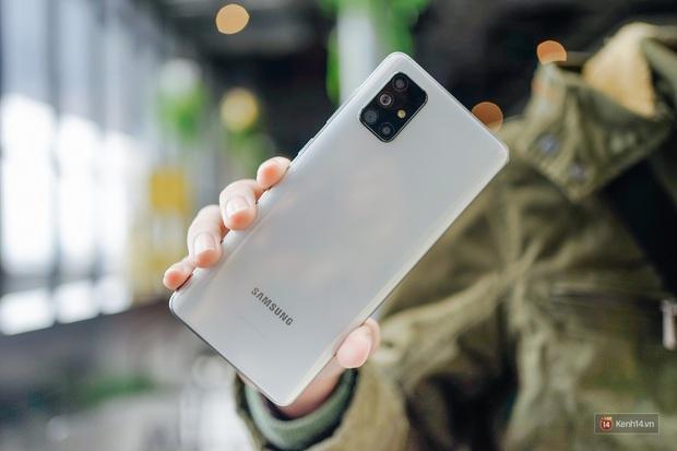 Đánh giá nhanh Galaxy A71: Chiếc smartphone tầm trung sẽ làm bạn hài lòng, kể cả những ai khó tính - Ảnh 1.