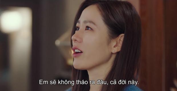 Tặng quà bồ mà bẽn lẽn như trai mới lớn, Hyun Bin khiến Son Ye Jin ham hố đeo nhầm nhẫn ở Crash Landing On You tập 13 - Ảnh 9.