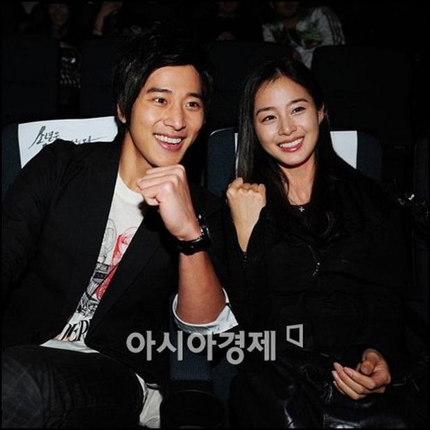 Trầm trồ 6 cặp anh chị em quyền lực nhất Kbiz: Gen quá trội, chị em Dara, Jessica, mỹ nhân TWICE chưa đỉnh bằng Kim Tae Hee - Ảnh 17.