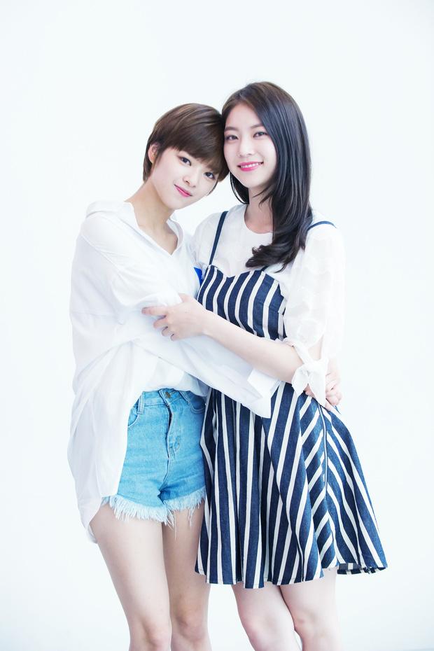 Trầm trồ 6 cặp anh chị em quyền lực nhất Kbiz: Gen quá trội, chị em Dara, Jessica, mỹ nhân TWICE chưa đỉnh bằng Kim Tae Hee - Ảnh 5.